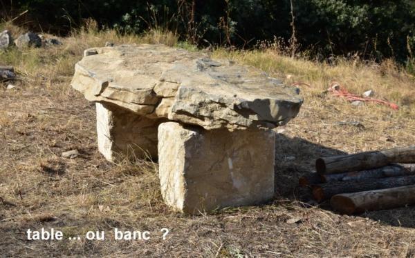 Dolmen table ou banc