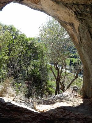 vue-de-la-grotte-de-l'ermite